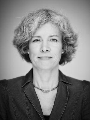 Dr. <b>Birgit Hoffmann</b> - portrait